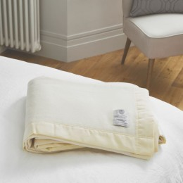 John Atkinson Lambswool Cashmere Blend White Blankets