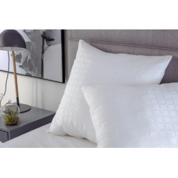 Belledorm Hotel Quality Cluster Ball Square Pillow