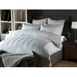 Belledorm Hotel Suite Central Park Duvet Cover Sets in White