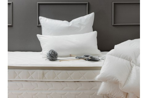 Die Zudecke Hungarian Goose Feather And Down Duvets