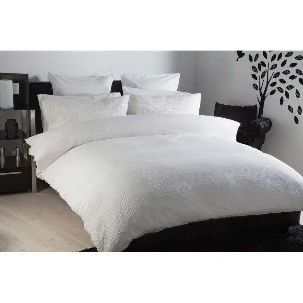Lincoln Seersucker White Duvet Cover Sets